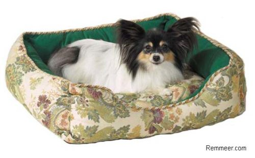 Damask Pet Bed